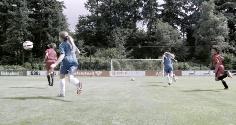 Linda.tv | Voetbalmoeders over de eerste keer