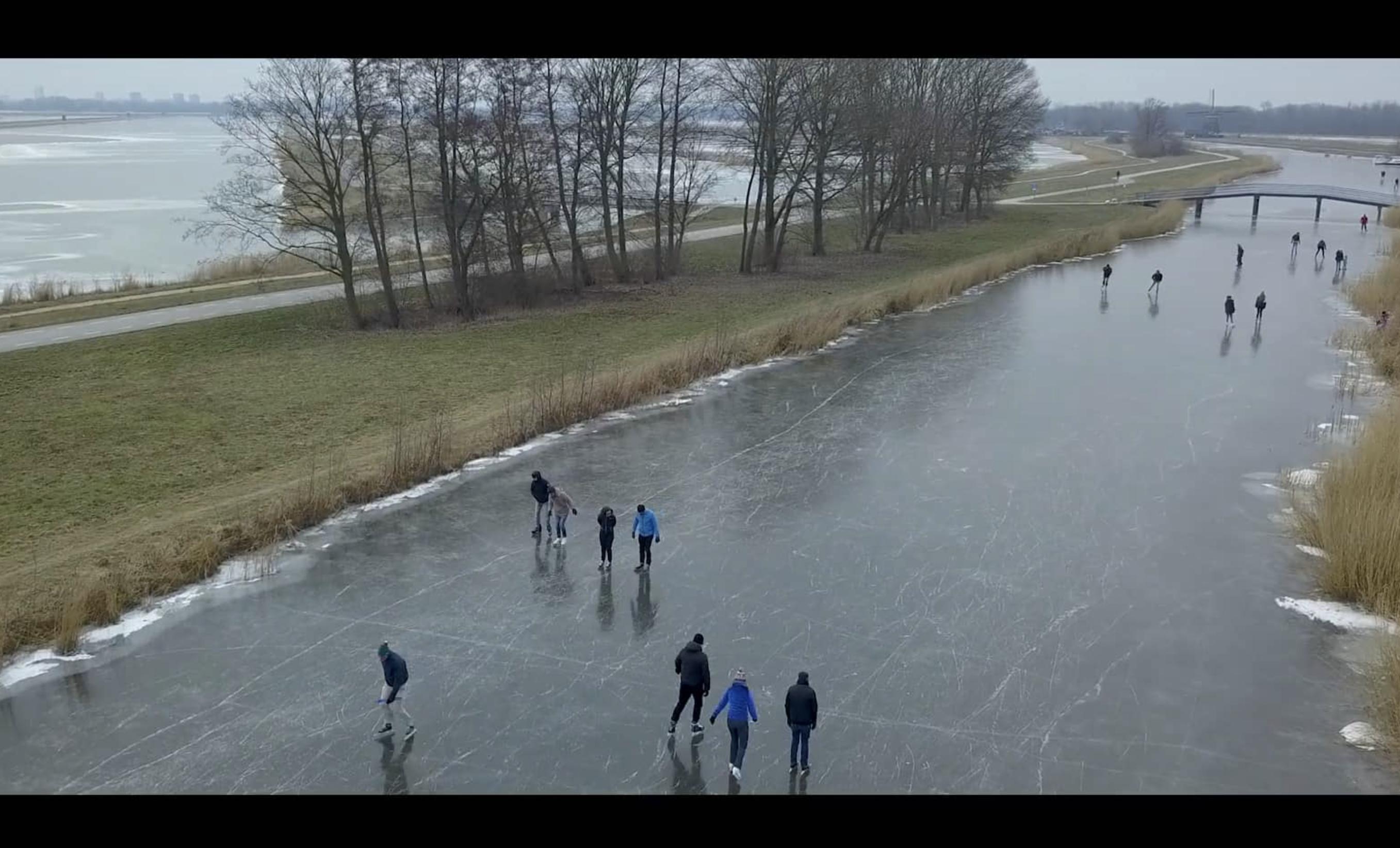 schaatsen natuurijs
